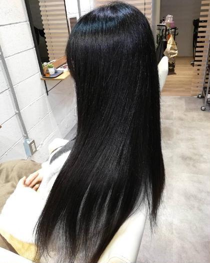 アイロンを使わずに施術しております。こちらは髪質改善ストレートになります。 MALQ HAIR CARE所属・小松樹のスタイル