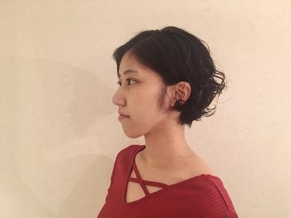 無造作なパーマショートヘア gimmickjiyugaoka所属・小川晴子のスタイル