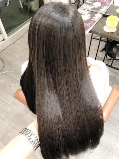 一回のカラーリングで出来るメニューになります(^^) 理想の髪色を手に入れちゃいましょう✨ Va7所属・トップスタイリストSegawaのスタイル
