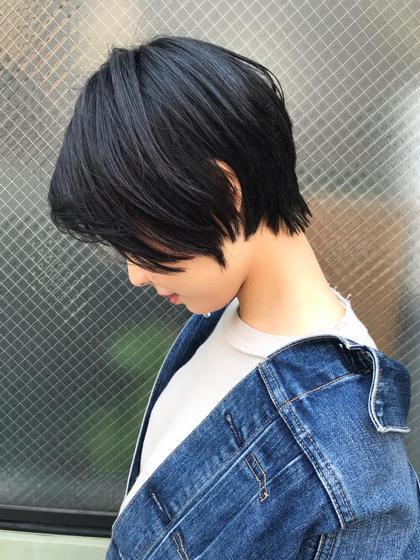 《8月初回限定》カット+艶カラー➕美髪トリートメント→7000円