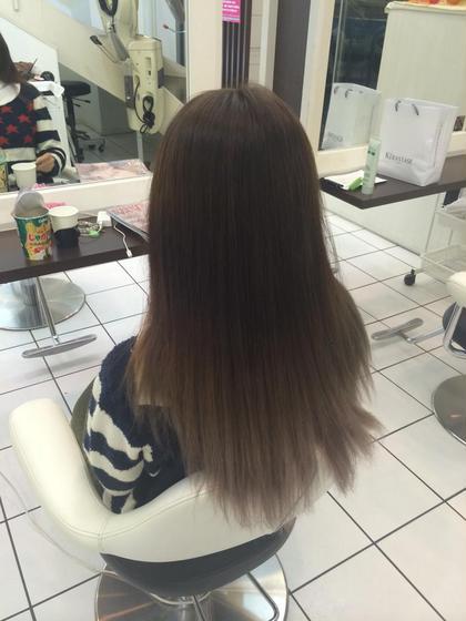 黒染めヘアーからグラデーションカラー アッシュ鶴見所属・日下田和希のスタイル