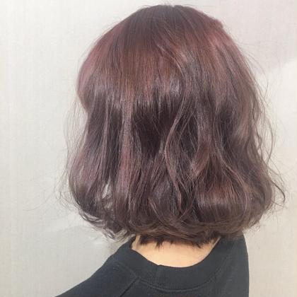 Wカラー ハイライト ピンクアッシュ ALIVE所属・カラーリストkanakoのスタイル