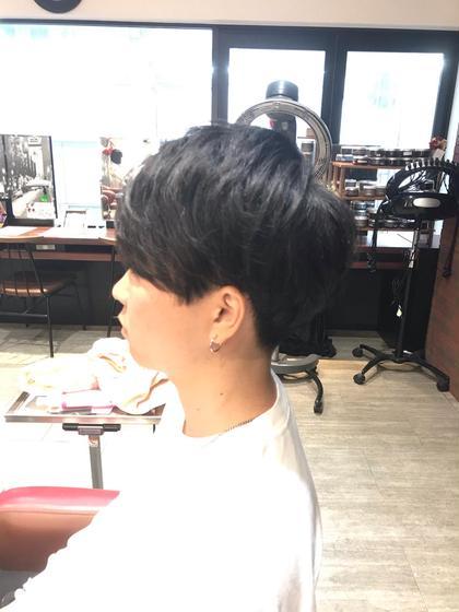 カット+縮毛強制🌬髪本来の自然な丸みを出し、サラサラヘアにします😉ダメージケア薬剤+1100円✨