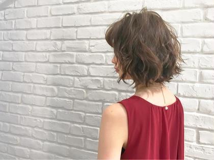 ショートもロングもランダムなウェーブを散らして、流行りのセミウェットヘアで女子力アップ♪      #表参道 #青山 #美容室 #美容院 #ヘアサロン #遠山雄也 #ヘアメイク #RELAXX表参道 #リラックス #ダメージケア #髪質改善 #トリートメント #トリートメントが良い #トリートメントが人気 #おしゃれサロン #ヘアケア #ダメージレス #当日予約可能 #ストレートパーマ #縮毛矯正 #ナチュラルストレート #梅雨対策 #ボリュームダウン #うねり #ストレートが上手 #超音波トリートメント #ナノケア #ナノスチーム #炭酸泉 #オージュア #ケラスターゼ #TOKIO #TOKIOトリートメント #カラー #グレージュカラー #ブルージュカラー #ネイビー #グレーアッシュ #ピンクアッシュ #ブルーアッシュ #ラベンダーアッシュ #イルミナカラー #アドミオカラー #アプリエカラー #オルディーブ #外国人風 #3Dハイライトカラー #ショート #ボブ #セミディ #ミディアム #セミロング #ロング #ショートアレンジ #ショートヘアアレンジ #大人可愛い #少人数サロン #芸能人 #有名人 #モデル #バレイヤージュ #グラデーションカラー #ハイライト #ワンレングスボブ #ぱっつんボブ #切りっぱなしボブ #ショートボブ #ミディアムボブ #前下がりボブ #Aラインボブ #マーメイドボブ #ワンサイドボブ #ゆるふわボブ #マッシュルームボブ #結婚式 #二次会 #パーティー #ヘアアレンジ #ヘアセット #ルーズアレンジ #ルーズポニー #くるりんぱ #ギブソンタック #早朝 #ロブ #ワンサイド #黒髪 #大人かわいい #伸ばしかけ #大人ボブ #センターパート #グラデーションカラー #小顔 #耳かけ #厚めバング #マーメイドアッシュ #モード #フェミニンボブ #似合わせカット #セミディ #とろみ #簡単スタイリング #重めスタイル  RELAXX所属・遠山雄也のスタイル