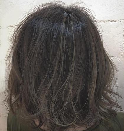 毛先ブリーチ✖️1 グレー系の外国人風カラー hair'sBEAULiEn所属・堤文哉のスタイル
