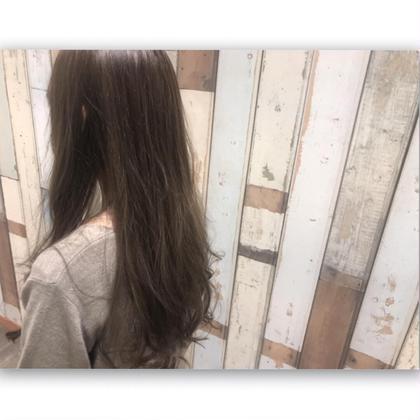 透け感カラーのイルミナカラー×3Dカラーで透明感とハーフ感をプラスです☺︎ カラー:イルミナカラー フォレスト 3Dカラー:プラス料金をいただいております。 polku hair&nail所属・長岡 千尋のスタイル