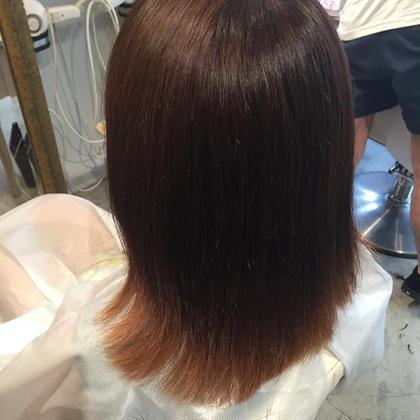 【グラデーション】 毛先の色はお好きな色で楽しめます(^^)   髪を切ろうか迷っている方は グラデーションを楽しんでから切ってみては いかがでしょうか(^^)? ラムデリカ所属・菅原みさ子のスタイル