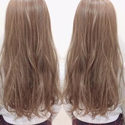 カラー トリートメントダブルブリーチ❌ミルクティーアッシュ   枝毛防止のトリートメント入りブリーチにより 髪の負担を減らした圧倒的にダメージレスなブリーチ剤‼️  さらにダメージ95%カットのブリーチサプリもあり ブリーチが不安な人はブリーチサプリで やるのがベスト‼️