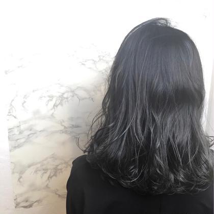 ダークグレー AVANCE.京橋店所属・竹内寿輝弥のスタイル