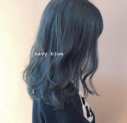 ネイビーブルー 色落ちはアッシュ系に♡ kotibybrooch所属・KATOELINAのスタイル