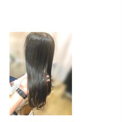 カーキグレー hair&lifedesignlanugo所属・冷田渚のスタイル