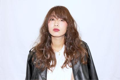 巻き髪ロングスタイル C-LOOP UNITED VANESSA所属・松川恭太のスタイル