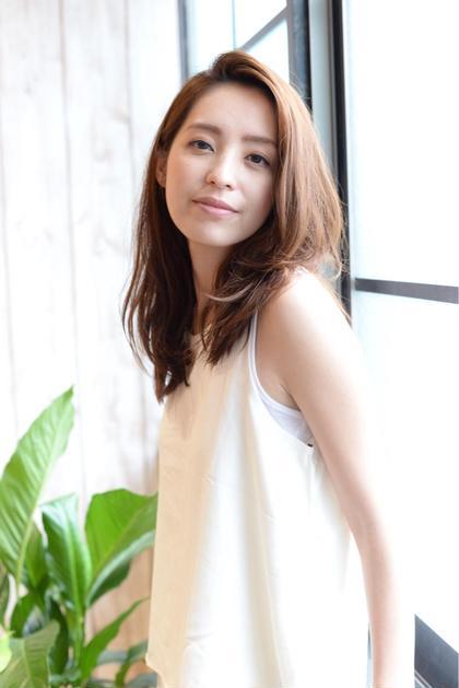 大人かわいい♪ ナチュラルロング☆ CHIC amitie 浦和店所属・稲荷裕次郎のスタイル