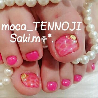 ピンク × オレンジで水面ネイル♡ moca天王寺店所属・宮本紗希のフォト