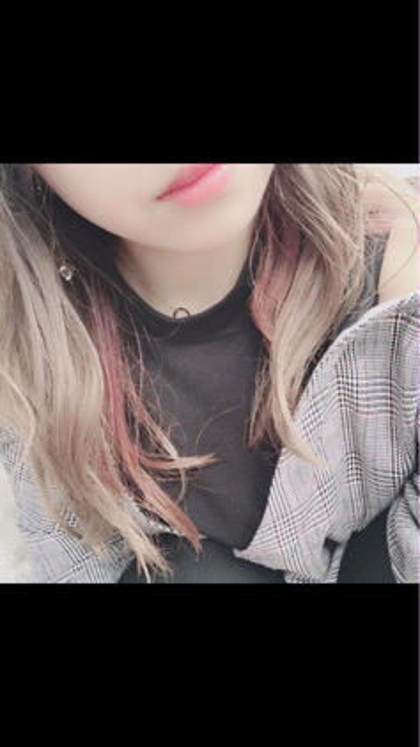 秋カラーでピンクをインナーに! hair&makeEarth所属・木下春菜のスタイル