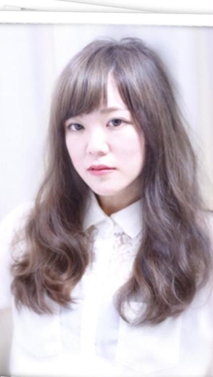 アッシュグレージュ ブリーチ必須 Ash所属・stylist早川優衣のスタイル