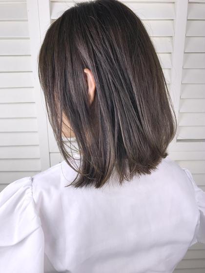 その他 カラー ショート パーマ ヘアアレンジ Real salon work💈 【 bob / khaki beige 】 . ベースが8トーン程度の茶髪からトーンUP⬆︎ . ブリーチなしで明るくするなら赤味を抑えるカーキベースカラー🌿⭕️ ブリーチなしでアッシュ系カラーするなら大体ベージュっぽくなります🏷 . ベースの明るさや髪質によってできる色味は変わるので要相談◎ . ブリーチなしのトーンUPの場合はオレンジっぽくならないように気をつけてカラーします🤙🏻 . . #NAKAIstyle #切りっぱなしボブ#カーキベージュ