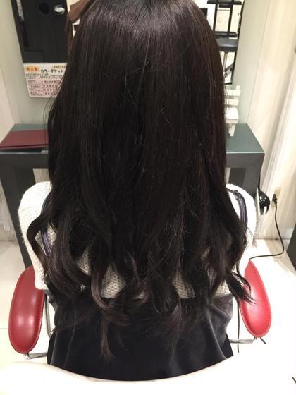 暗めのご希望でしたが少しアッシュをまぜて透明感のある仕上がりにいたしました! HAIR&MAKE EARtH長崎浜町店所属・カラーリスト田川響平のスタイル