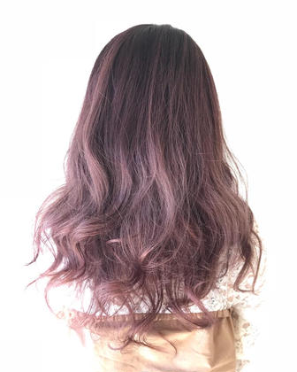 カラー ロング 毛先はブリーチ有りのピンク バレイヤージュカラー