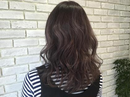 バイオレットアッシュ ブリーチあり agir hair所属・廣田由加のスタイル