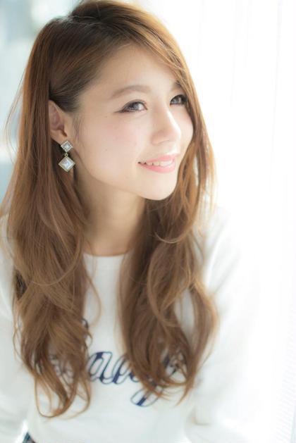 アッシュベージュ☆ ロングスタイル☆ LOUIMADNA栄店所属・NARUOKAHIDEHITOのスタイル