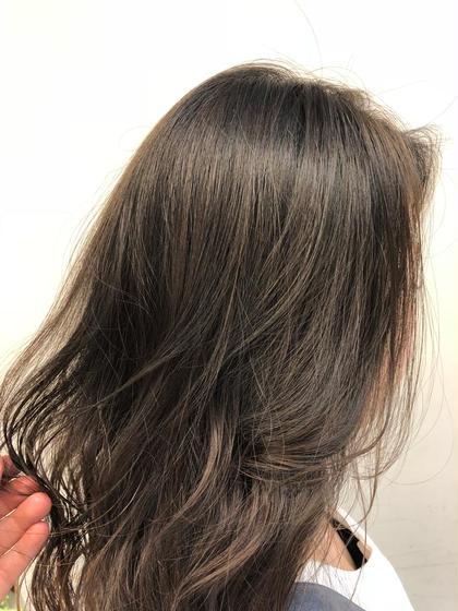 メッシュ🍁 RNのセミロングのヘアスタイル
