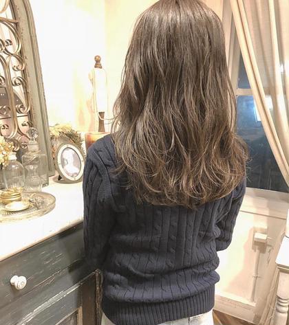 佐々木真奈のロングのヘアスタイル