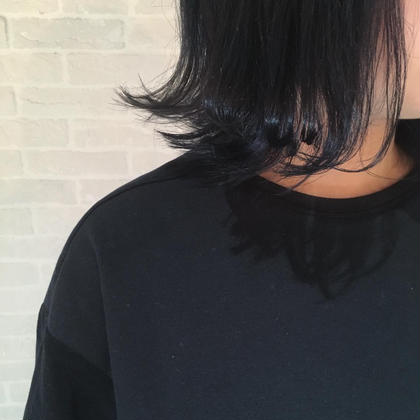 ネイビーブルー hair design Glanz所属・大垣めぐみのスタイル