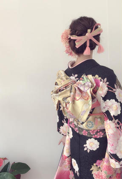 成人式前撮り.結婚式などにおすすめ💕振袖着付け+ヘアセット