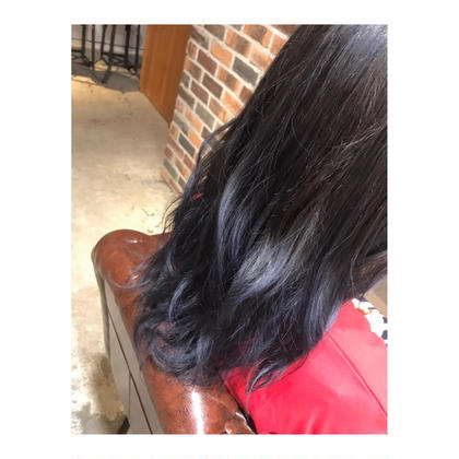 カラー ロング long style .  color 【 gradation blue 🦋】    毛先にいくにつれて、 「青」を強めに。   青は色落ちが、かなり綺麗で 退色しても めちゃくちゃ可愛いです💕   この夏、おすすめです。