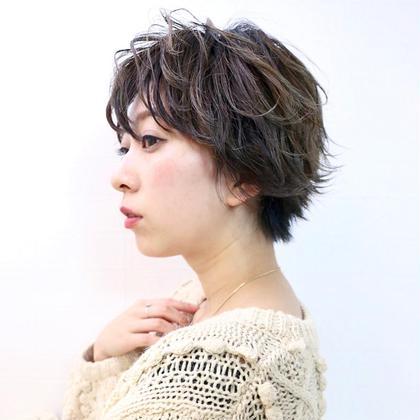 🌏【🥉人気No.3🥉】カット+艶カラー+毛先補修プレTr付き