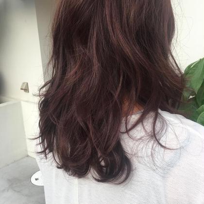 秋カラー violet bisou  hair所属・屋比久真里奈のスタイル