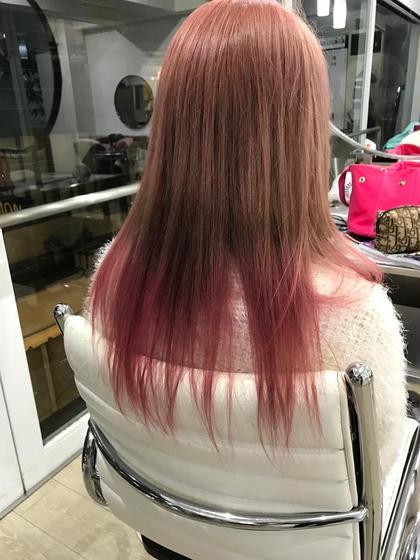 ピンクベージュグラデーション HAIR DELIGHT所属・西村あきやのスタイル
