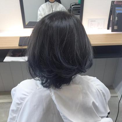ブルーとベージュを混ぜてブルージュにしました!  ※要ブリーチ WHATS HAIR所属・小林智樹のスタイル