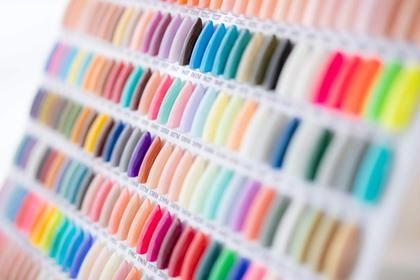 カラーの取り扱いは全部で280色以上!! お気に召すお色味がきっと見つかるはず^^ 恵比寿 ネイルサロン Alice&Co. 恵比寿店所属・ネイルサロンAlice&Co.恵比寿店のフォト