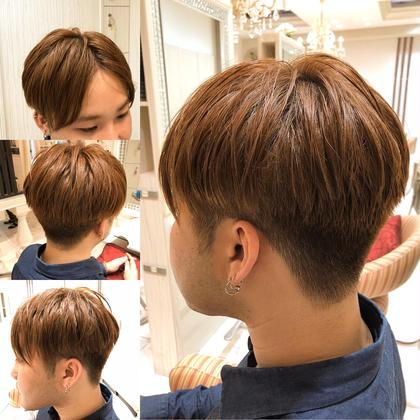 テーマはロンドンボーイ☆刈り上げの位置とセンターパートがポイントです(^-^) Hair&Beauty miq大山所属・竹内愛のスタイル
