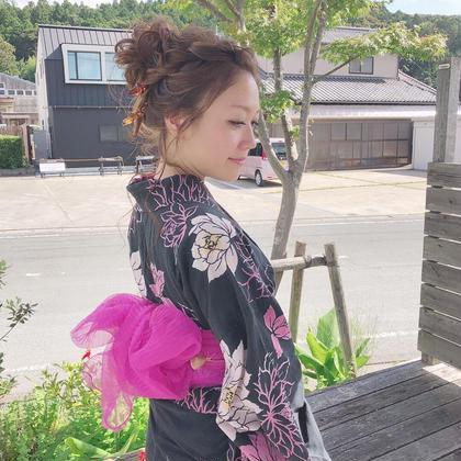 浴衣着付とヘアセット👘  美容室で着付けとヘアセットをしてお出かけいたしませんか🎇  printemps所属・糸賀史織のフォト