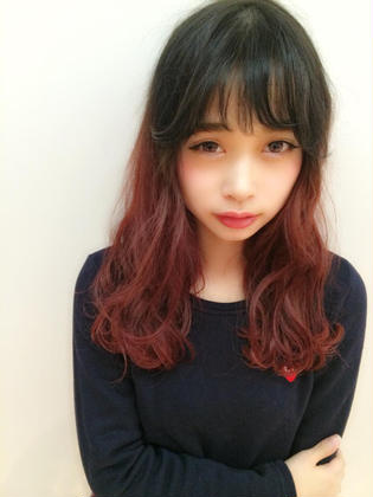 ダークアッシュからのレッドのグラデーション♡シースルーbangで韓国人風オシャガール♡ AXIS所属・KASUGAIYOUのスタイル