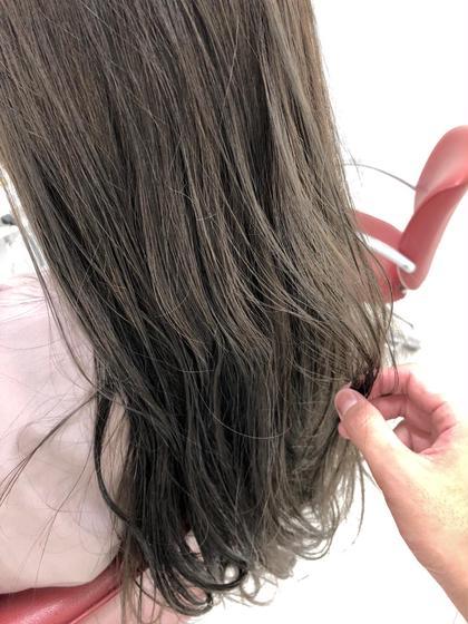 🌸黒髪卒業式🌸高3の代限定!カットカラートリートメント\★/
