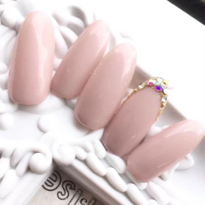 ネイル 手が綺麗にみえるベージュピンクは王道ですね(o^^o)