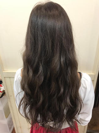 マットの中にパープル混ぜて 透け感のあるお色にしました! hair&spa   an  contour所属・石原ナナのスタイル