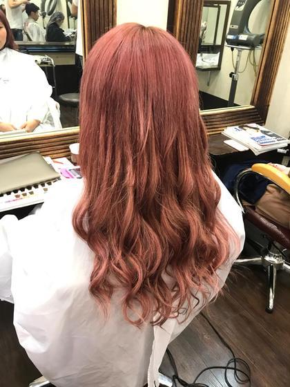 カラー ロング 柔らかく可愛らしいピンクにして . エクステでロングヘアにしました❗️ . . ✅menu . ⚪︎カラー ⚪︎編み込み80本 . ¥17,750