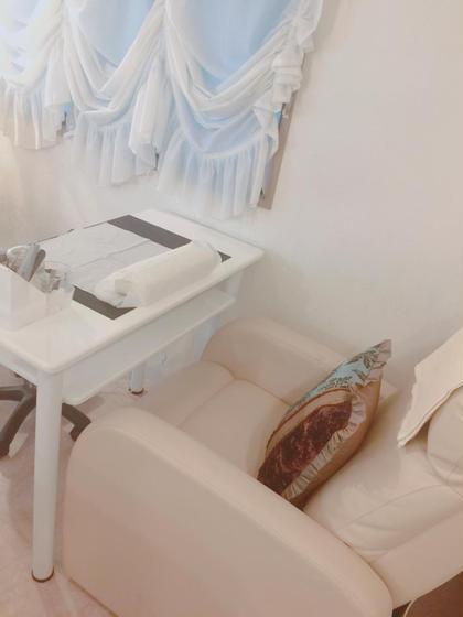 白基調にしたゆったりソファでハイスピード施術をお楽しみください♡ Goddess(Kalon-iris-内)所属・女川美香のフォト