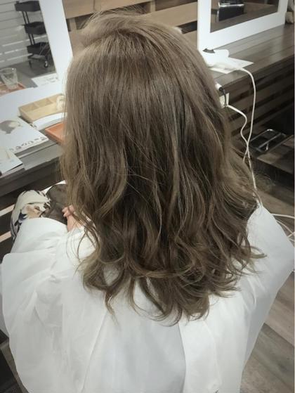 イルミナカラーで透明感ある艶髪に♡  cocoterraceココテラス所属・高橋楓のスタイル