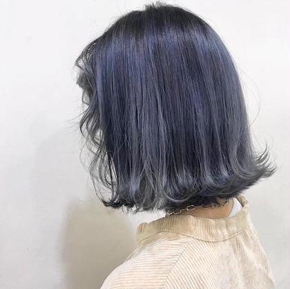 〰️ blue 〰️ ブリーチ2〜4回目安の透け透けcolor 白っぽくしたい方にオススメです🦋❤︎ HONEY所属・シバナナコのスタイル