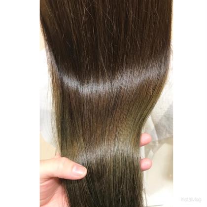 《梅雨時期おすすめ✨髪質改善》カット+ツヤサラ手触り続く髪質改善トリートメント
