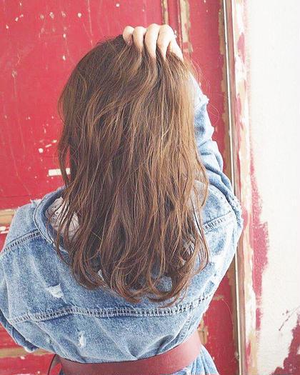 カラーリスト林遼一郎のロングのヘアスタイル