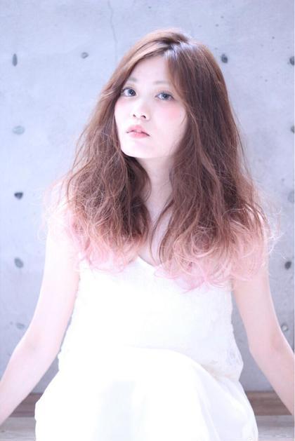 グラデーションカラーがポイント☆  淡いピンクがオススメです! cachecache所属・及川光のスタイル