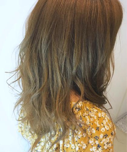 ゴールドブラウン✖️ハイライト⭐  ハイライトを入れることで 髪の毛を巻いた時に動きが出て 可愛さアップ✨ FACE。磯子所属・平瀬颯太郎のスタイル