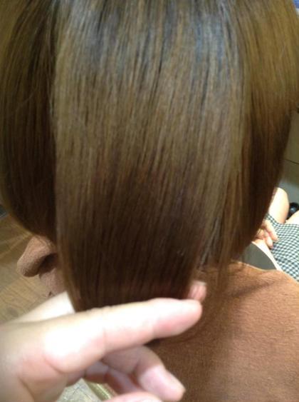 髪質改善トリートメントをふんだんに入れ込んでアッシュカラーを入れ込んだカラーエステコース ダメージを気にせず繰り返しカラーできるのが特徴